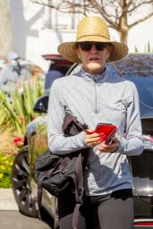 Felicity Huffman - Out in Studio City 02/28/2021