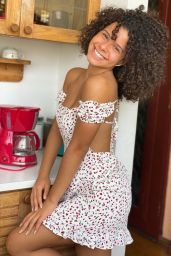Gabriella Saraivah Live Stream Video and Photos 03/09/2021