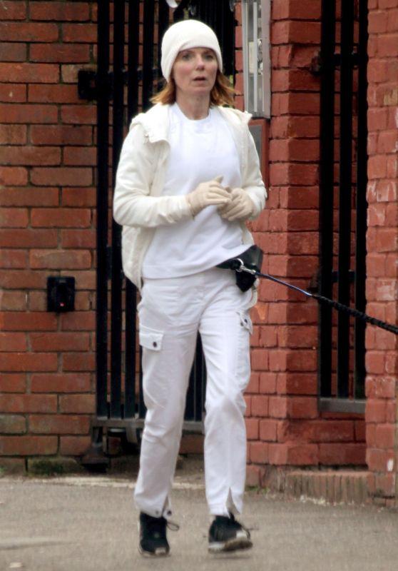 Geri Halliwell - Running Around the Affluent North London 03/10/2021