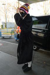 Gigi Hadid in a Black Trench Coat - Milan 03/01/2021
