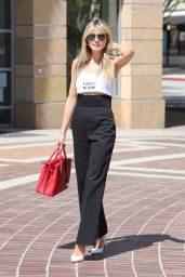 Heidi Klum - Out in Pasadena 03/31/2021