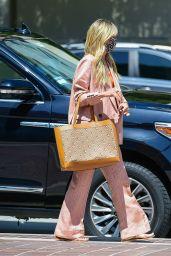 Heidi Klum - Photoshoot in Pasadena 03/30/2021