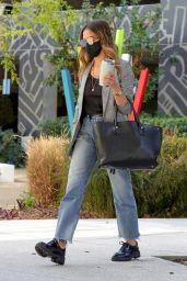Jessica Alba at the Honest Headquarters in Playa Vista 03/02/2021