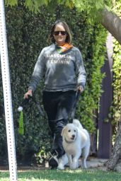 Jodie Foster - Out in Brentwood 03/09/2021