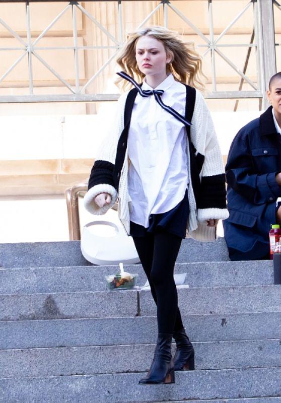 """Jordan Alexander, Zion Moreno, Savannah and Emily Alyn Lind - """"Gossip Girl"""" Reboot Set at Metropolitan Museum of Art in NY 03/09/2021"""