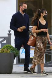 Jordana Brewster – Out in Los Angeles 03/09/2021