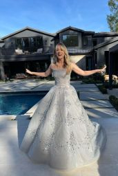 Kaley Cuoco – Dressed for the Golden Globes 2021