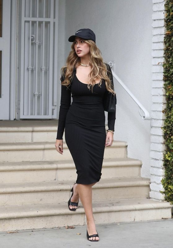Kara Del Toro - Out in Melrose Place 03/18/2021