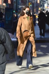 Katie Holmes - Out in NYC 03/02/2021