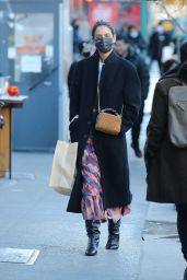 Katie Holmes Street Style - Shopping in NYC 03/05/2021