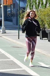 Kelly Bensimon - Out on a Jog in NY 03/07/2021