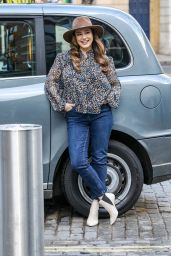 Kelly Brook - Arriving at the Global Studios in London 03/16/2021