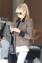 Kimberly Stewart - Shopping at Exclusive Switch Boutique in Bel-Air 03/08/2021