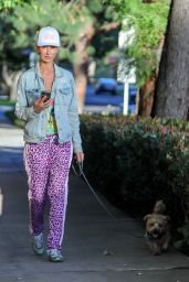 Lady Victoria Hervey - Out in West Hollywood 03/02/2021