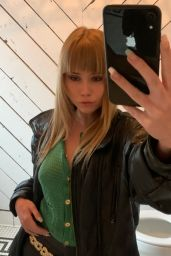 Lexee Smith 03/30/2021
