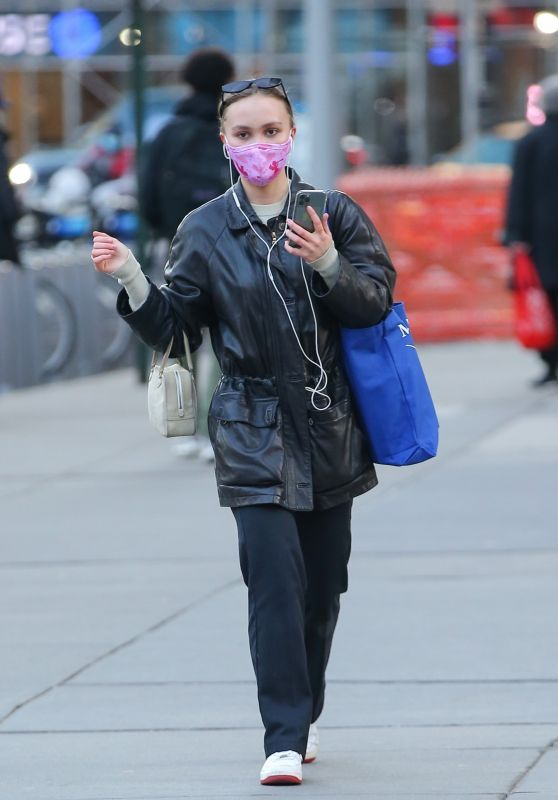Lily-Rose Depp - Out in New York City 03/10/2021