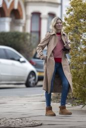 Lisa Faulkner Casual Style - North London 03/16/2021