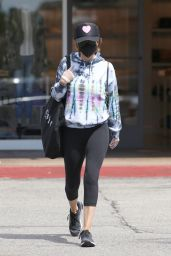 Lisa Rinna - Shopping in Los Angeles 03/21/2021