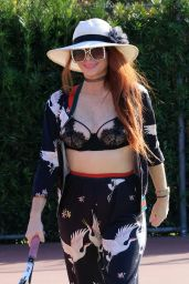 Phoebe Price at the Thenis Courts in Los Angeles 03/04/2021
