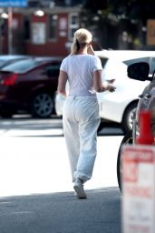 Sandra Lee - Out in Los Angeles 03/02/2021
