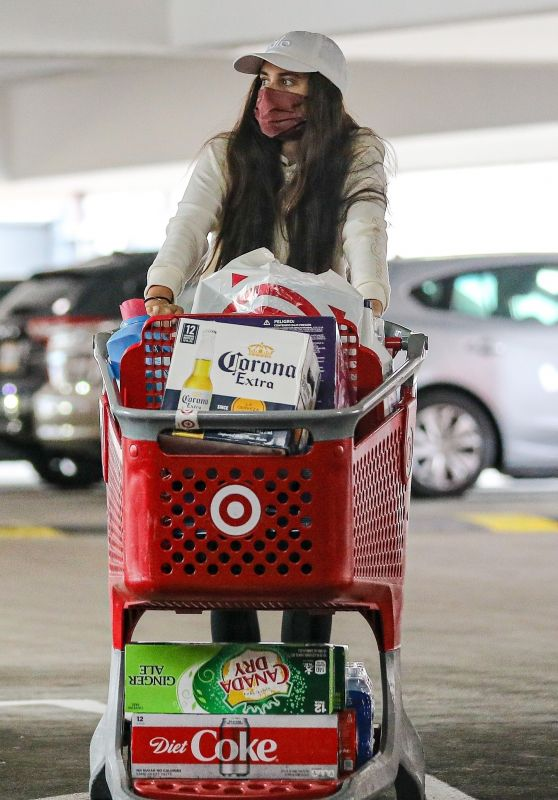 Sara Sampaio - Grocery Shopping in West Hollywood 03/03/2021