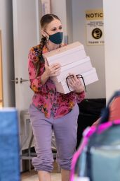 Sarah Jessica Parker - Visits SJP Shoe Store in NYC 03/20/2021