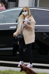 Sarah Michelle Gellar - Out in Brentwood 03/18/2021