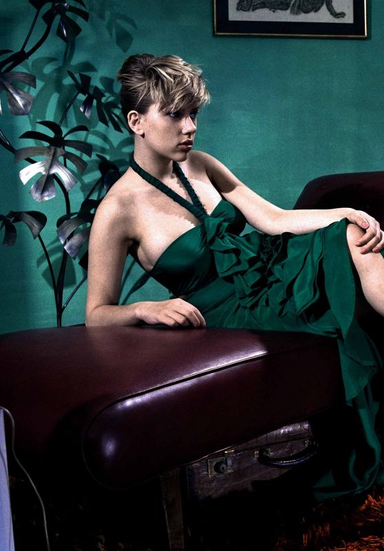 Scarlett Johansson - Photoshoot for New York Times 2003