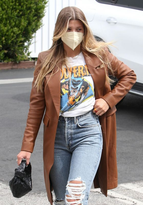 Sofia Richie in a Chestnut Coat and Ripped Jeans - Hollywood 03/25/2021