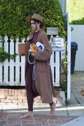 Taylor Hill - Outside Her Home in LA 03/11/2021