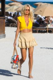 Victoria Silvstedt - Out in Miami 03/05/2021