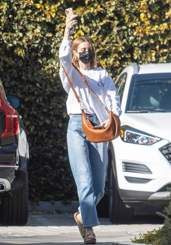 Whitney Port - Out in LA 03/25/2021