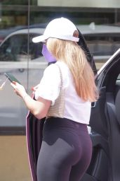 Addison Rae in Tights in West Hollywood 04/12/2021