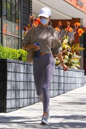 Alessandra Ambrosio in Workout Gear - Los Angeles 04/28/2021