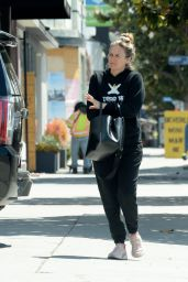 Alicia Silverstone - Out in Los Angeles 04/26/2021