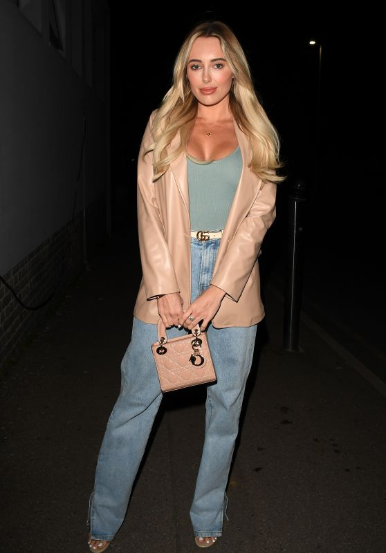 """Amber Turner - """"The Only Way is Essex"""" TV Show Filming in Essex 04/04/2021"""