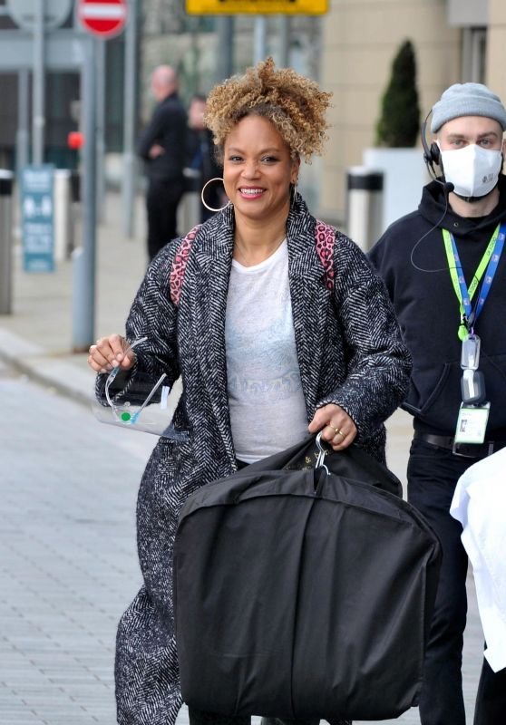 Angela Griffin - Out in Manchester 04/04/2021