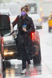 Anne Hathaway - Rainy Day in NYC 04/15/2021
