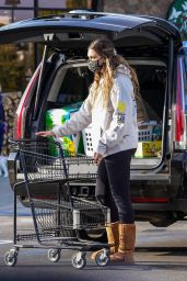 April Love Geary - Shopping at Vintage Grocers in Malibu 04/13/2021