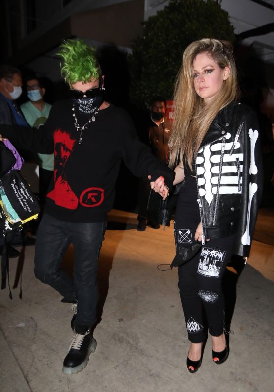 Avril Lavigne and Mod Sun - Giorgio Baldi in Santa Monica 04/07/2021