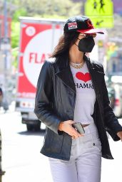 Bella Hadid - Shopping in New York City 04/23/2021