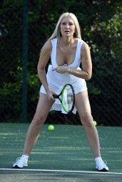 Caprice - Out on the Court For a Tennis Lesson 04/23/2021