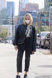 Chloe Sevigny Looks Stylish - NYC 04/24/2021