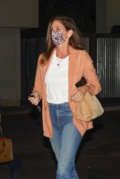 Cindy Crawford at Lucky's Restaurant in Malibu 04/29/2021