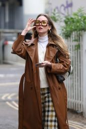 Diana Vickers Street Fashion - London 04/28/2021