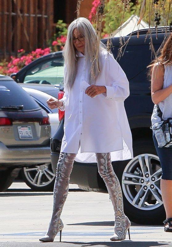 "Diane Keaton - ""Mack & Rita"" Set in Palm Springs 03/31/2021"
