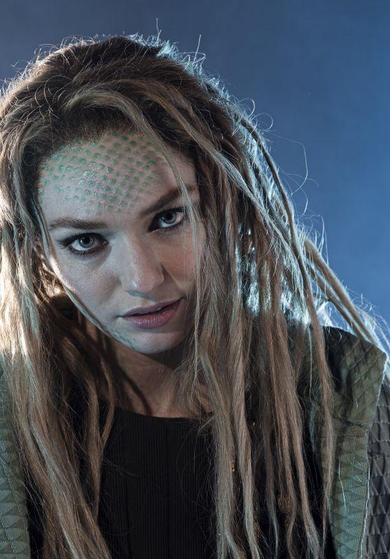 "Eleanor Tomlinson - ""Intergalatic"" Promoshoot 2021"