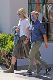 Ellen DeGeneres and Portia de Rossi - Montecito 04/18/2021
