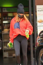 Hailey Rhode Bieber Stops For a Healthy Drink in West Hollywood 04/13/2021