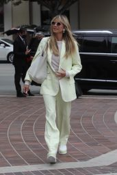 Heidi Klum - Arrives at the AGT Taping in LA 04/23/2021